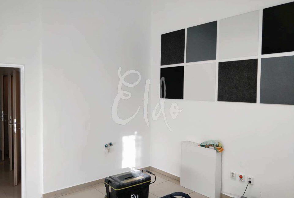 studio008